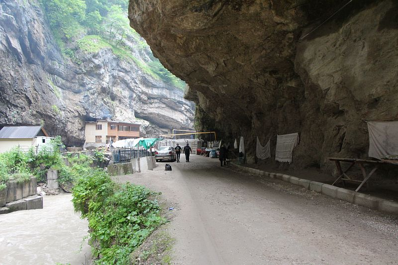 Чегемское ущелье, водопады.