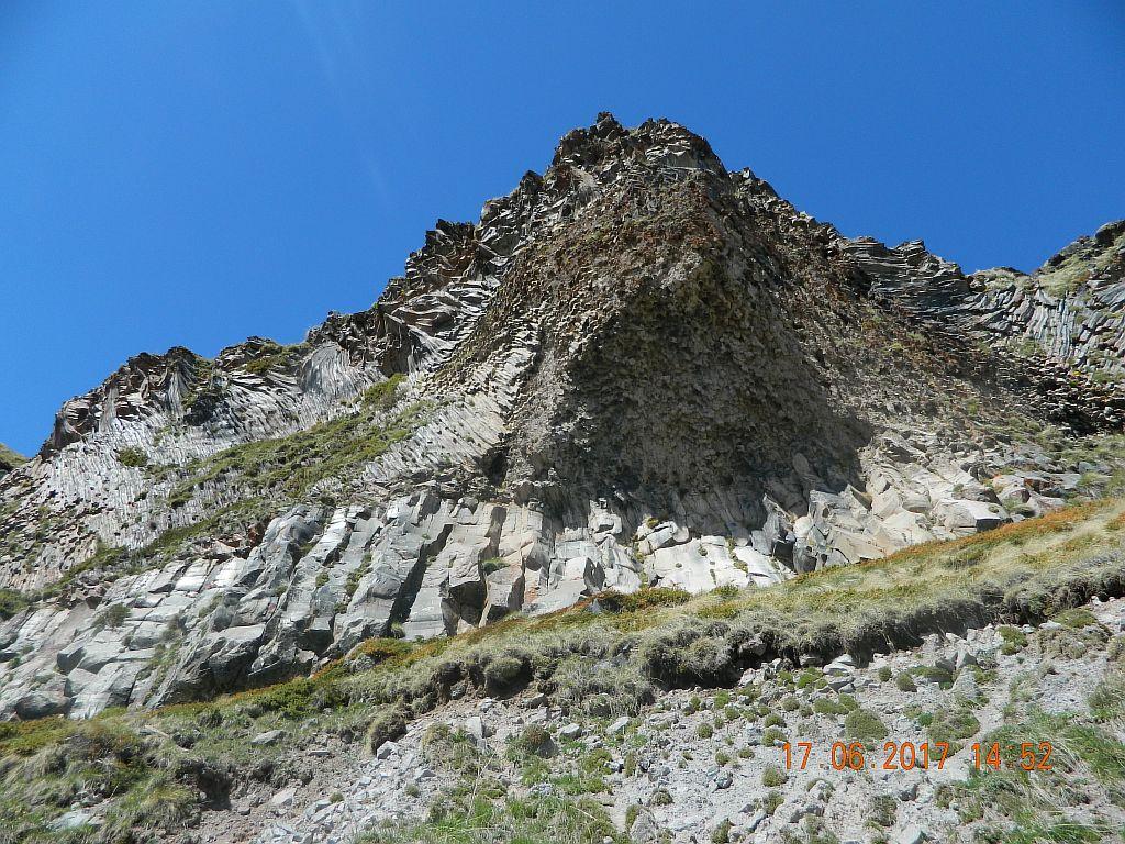Скальные отложения по пути