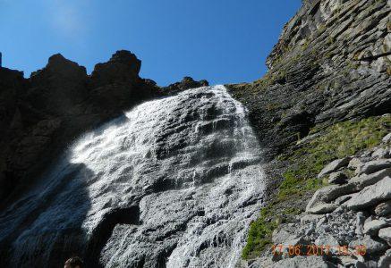 10 фотографий по дороге на водопад Девичьи косы. Приэльбрусье