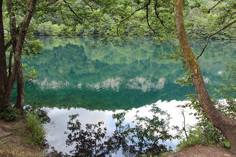 Голубое озеро в Кабардино Балкарии.