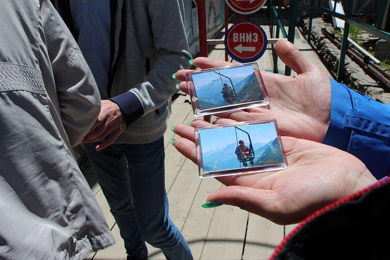 Магниты с фотографиями.