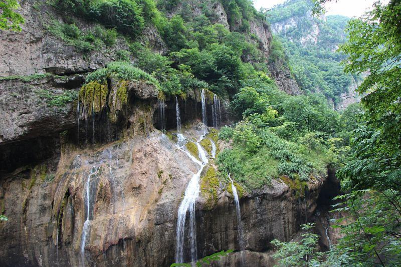 Большие Чегемские водопады.
