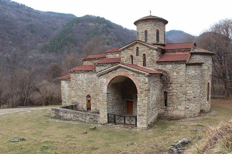 Нижнеархызский храм