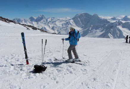 Приэльбрусье-горнолыжный курорт.