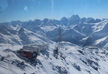 Фотографии с Приюта Бочки на Эльбрусе зимой.