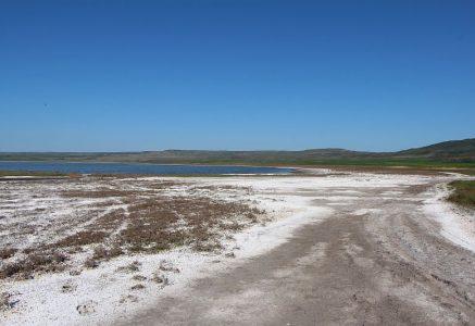Соленое озеро.