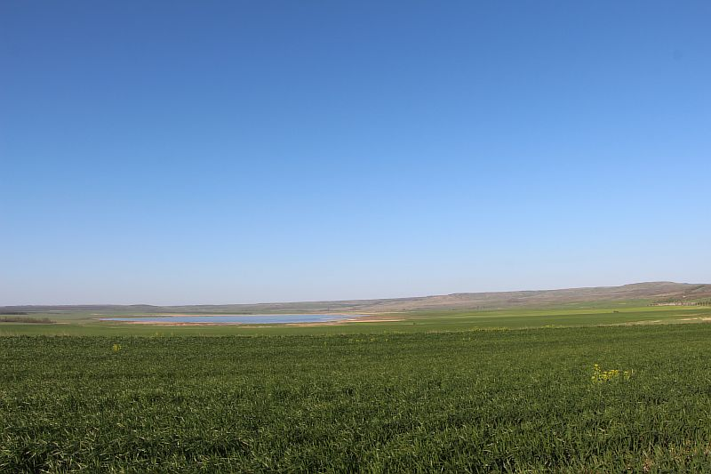 Вид озера из далека