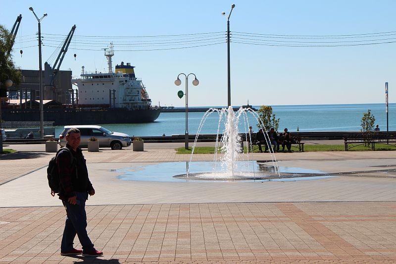 Морской порт.